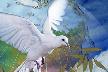 Friedenstaube und Olivenzweig vor Weltkugel.